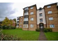 2 BEDROOM FLAT IN CHINGFORD