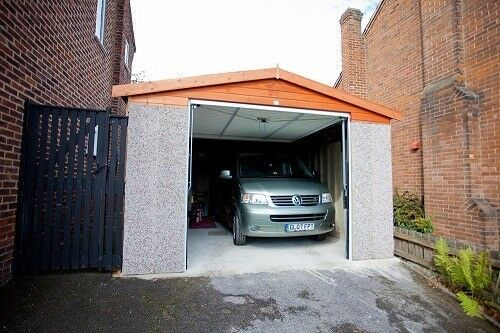 Looking to rent a garage space