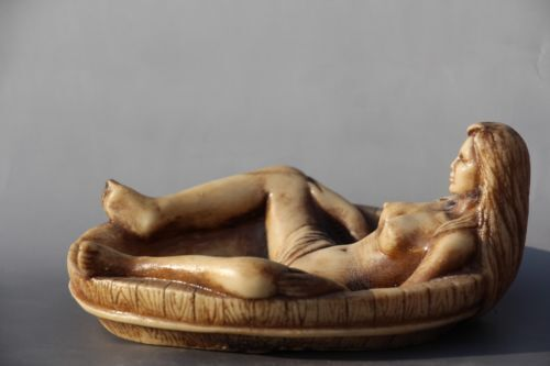 Chinese HANDWORK CARVING BATH ASHTRAY STATUE