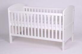 LEMBERK Arabella Deluxe Cot Bed white