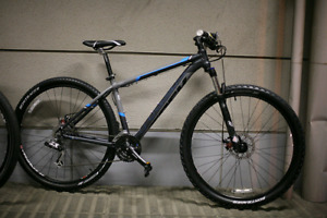 TREK MAMBA 29er (GARY FISHER COLLECTION) Mountain Bike