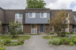 Gorgeous 4 bedroom townhouse