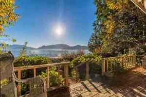 Gibsons & Area House for sale:  2 bedroom 1,547 sq.ft.