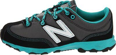 New Balance Kids Trail Runner (New Balance KT561GTY Trail Runner (Little Kid/Big Kid),Grey/Teal,4 M)