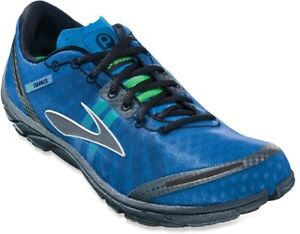 Size 12 Minimalist runners Brooks Pure Connect, blue