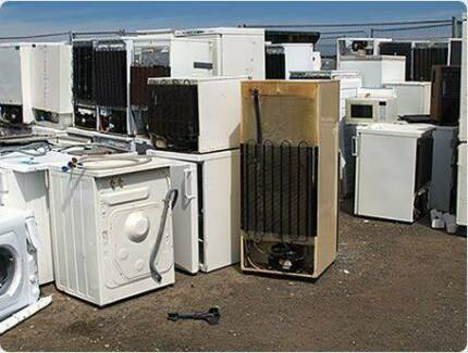OLD WHITEGOODS/ E-WASTE REMOVED AND RECYLED FIXED FEE $40.  MAN W