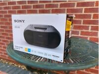 Sony CFD-S70 CD & cassette player with radio