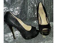 Black shoe (size 3) black glitter peeptoe