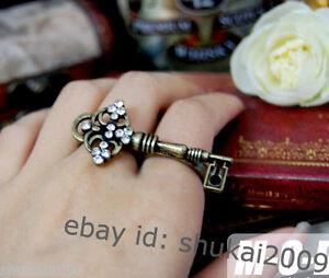 Cute-Retro-Vintage-Swarovski-Key-Double-Finger-Holes-Ring
