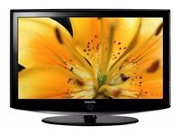 "Samsung 32"" Widescreen HD LCD TV With Remote & Built-In Freeview"