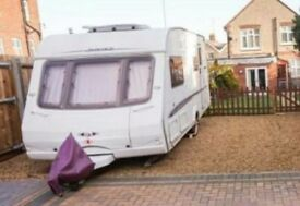 SWIFT CHALLENGER 520 CARAVAN WITH MOTOR MOVER AND MORE....