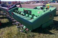 2010 John Deere 608 Corn Head
