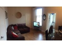 2 bedroom flat in Howburn Place, Aberdeen, AB11