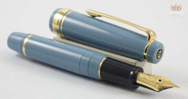 Sailor Progear Slim (sapporo) Mini Stellar Blue With Gold Trim Fountain Pen Nice