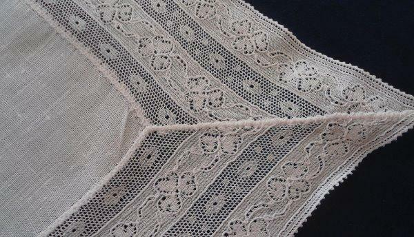 Vintage Tray Cloth Shamrock Lace Linen Center Dotted Net Clover Doily