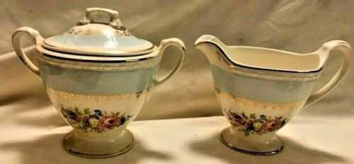 VINTAGE HOMER LAUGHLIN EGGSHELL GEORGIAN CHATEAU BLUE SUGAR & CREAMER SET
