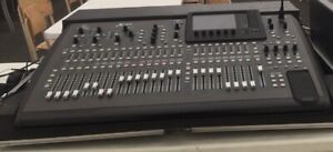 Console Behringer X32