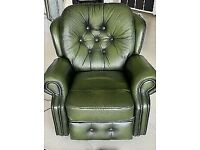 Exdisplay saxon chesterfield recliner chair