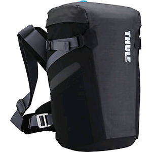 Thule camera bag *New with tags