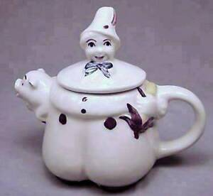 SHAWNEE TEA POT