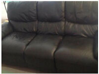 3 + 2 BLK LEATHER RECLINER SUITE