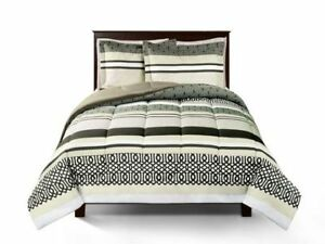 Brand new twin size 2pc comforter set for $25.00 only