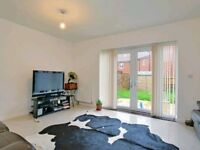 Massive 5 bed house raynes park £2300