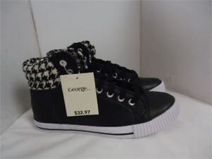sneakers brand new in box size 7 only 10 cost 35 with tax