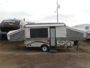 2014 VIKING EPIC 2407  HOT WATER/SHOWER /TOILET