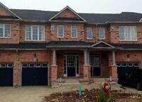 Gorgeous 3 Bed 3 bath Town Home For Lease in Brampton