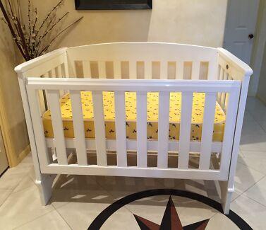 Luxury Johnson Australian cot and mattress