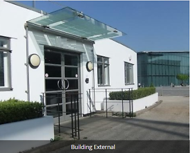 CRAWLEY Office Space to Let, RH6 - Flexible Terms | 5 - 80 people