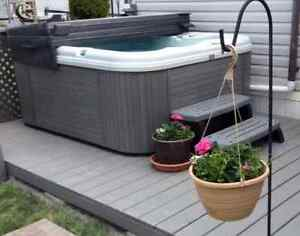 Used and New Hot Tubs and Swimming Pools