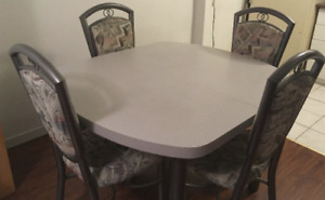 Formica Dinner Table - No Chairs