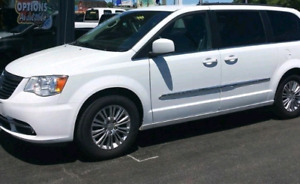 Chrysler Town and country 2014.