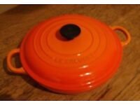 LE CREUSET-Enamelled Cast iron Casserole dish 22cm diameter Orange Pre-owned VGC