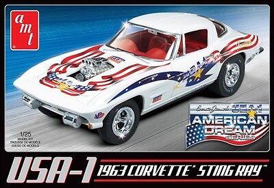 AMT 1963 Corvette Sting Ray USA-1 Car Plastic Model Kit 1/25