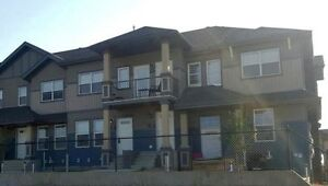 South Edmonton Townhouse for Rent (FURNISHED)