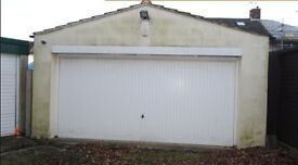 Double garage for rent in Upminster £300/month