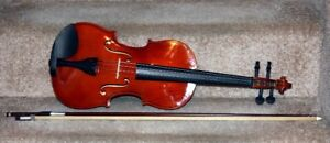 Violin 4/4 Full Size For Sale. Like New.