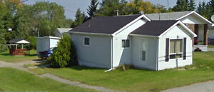 Cozy 2 bedroom home on a 33 x 132 lot