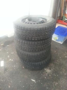 4 WINTER TIRES AND RIMS - 195-65R15