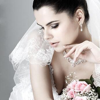 Ihr eBay-Ratgeber: Hochzeitskleidung und –accessoires