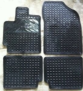Toyota Matrix Rubber Floor Mats