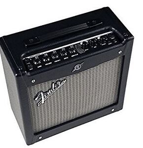 Mustang 1 V2 guitar amp by Fender + 10 ft cable