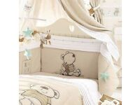 Toys r us I Love My Bear cot quilt bumper And cot mobile