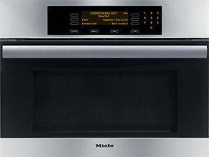 """2014 Four combine Micro-ondes ( Speed Oven) 24"""" Miele Vaut 4600$"""