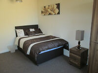 West Bromwich 2 rms, double 390, double ensuite 450, cpls ok, all bills incl clean and internet incl