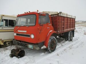 parting 71 chevy C60 and 73 International cabover