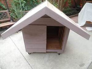 LARGE DOG KENNEL - QUICK SALE Edithvale Kingston Area Preview